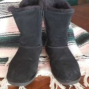SO Black Suede faux fur lined boot